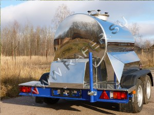 Прицеп-цистерна 1150 литров.