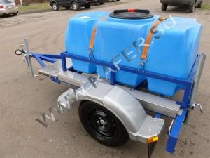Пластиковая прицеп-цистерна. 500 литров.