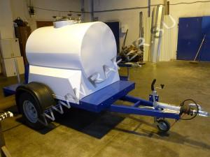 Прицеп-цистерна 700 литров