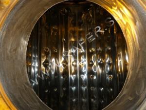 Плоский испаритель внутри цистерны с охлаждением