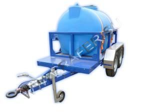 Прицеп-цистерна_пластиковая_2000 литров_для перевозки пищевых жидкостей_воды